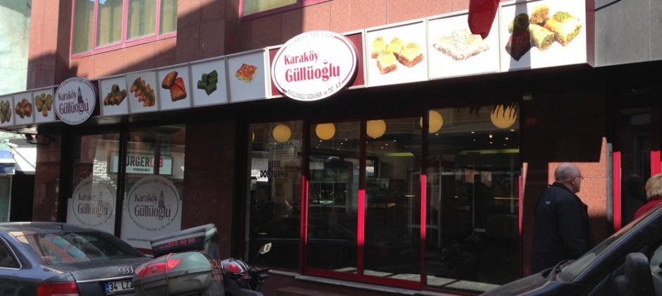 Stadtführung und Besuch von Karaköy Güllüoglu mit Adnan am 10.04 2013